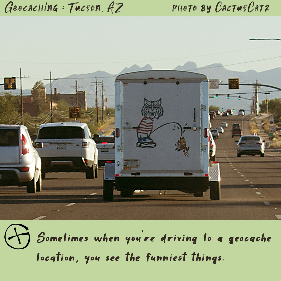 Geocaching in Tucson : funny truck